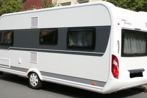 Wohnmobil mieten in Dresden von privat   Hobby Luxury Home