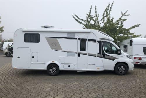 Wohnmobil mieten in Erkelenz von privat | Knaus Archie