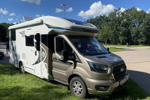 Wohnmobil mieten in Hamburg von privat | Chausson  Chaussi