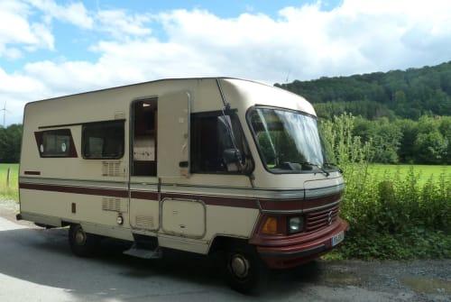 Wohnmobil mieten in Paderborn von privat   Hymer Camp 540, Mercedes Benz Bertha