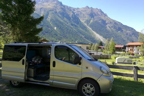 Wohnmobil mieten in Nürnberg von privat | Opel Finn
