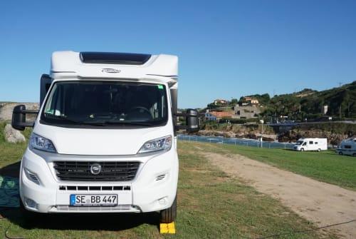 Wohnmobil mieten in Bad Bramstedt von privat | Carado, Fiat Ducato Rolling Home