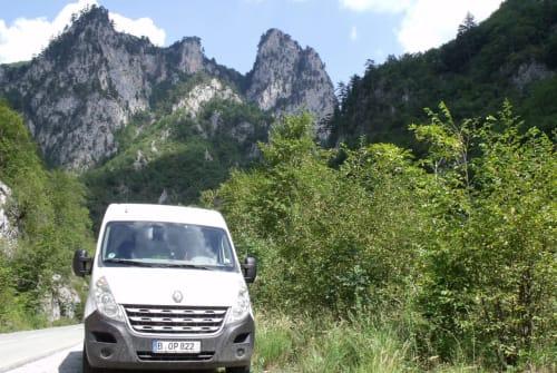 Wohnmobil mieten in Berlin von privat | Renault Bop