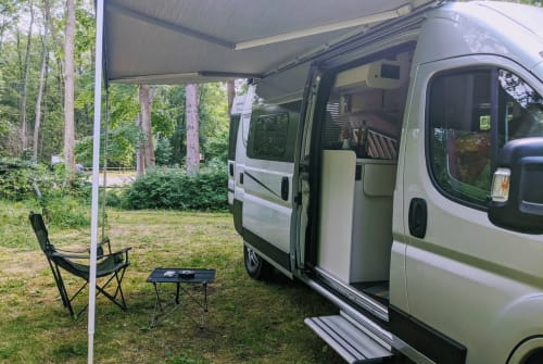 Wohnmobil mieten in Berlin von privat | Karman Sheldon Miles