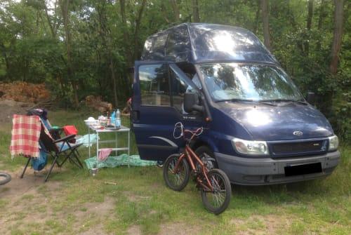 Wohnmobil mieten in Berlin von privat | Ford Villa Paulo