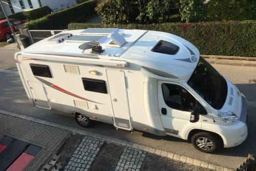 Wohnmobil mieten in Freilassing von privat | Fiat Ducato Roadrunner
