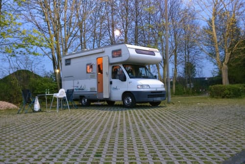 Wohnmobil mieten in Berlin von privat | Fiat Ducato Stefan