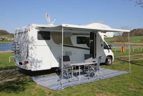 Wohnmobil mieten in Falkenstein/Vogtland von privat | Carado Campingski-Hotel