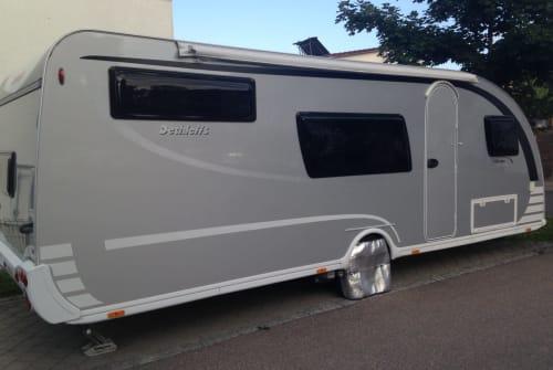 Wohnmobil mieten in Günzburg von privat | Dethleffs Aero-Silberlinier
