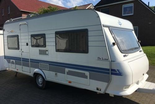 Wohnmobil mieten in Hamburg von privat | Hobby De Luxe Cool Camper