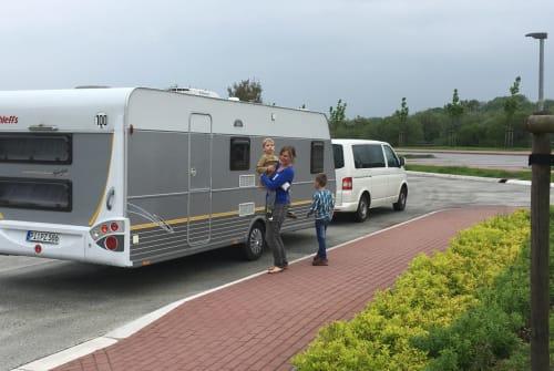 Wohnmobil mieten in Halstenbek von privat | Dethleffs Family-Camper