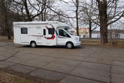 Wohnmobil mieten in Rangsdorf von privat | Challenger Challenger 396