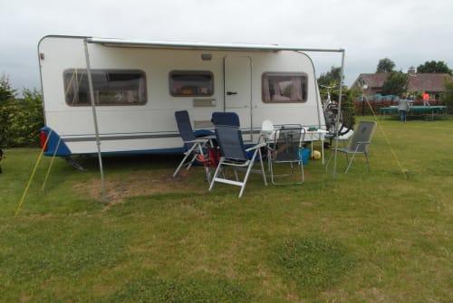 Wohnmobil mieten in Leerbroek von privat | Knaus Familie caravan le soleil