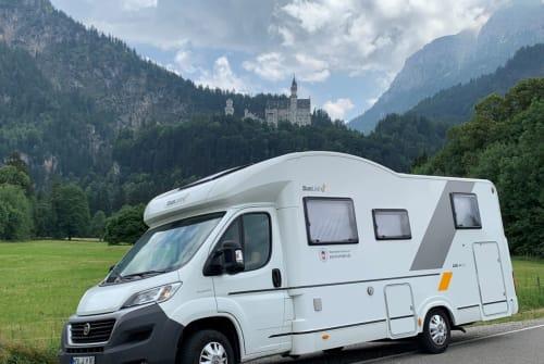 Wohnmobil mieten in Petershagen/Eggersdorf von privat | Adria  Molly