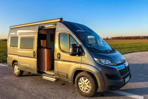Wohnmobil mieten in Grevenbroich von privat | Pössl Pössl Traum