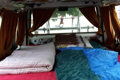 Wohnmobil mieten in Bad Berleburg von privat | Volkswagen Kuhfell Bussi