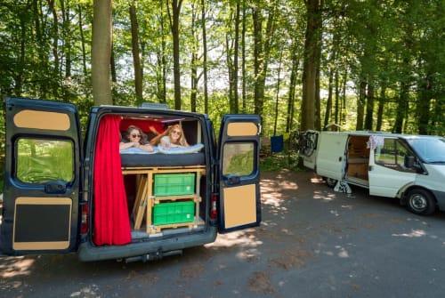 Wohnmobil mieten in Skopje von privat | Ford Knatter Karl