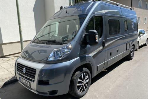Wohnmobil mieten in München von privat | Knaus Campstar