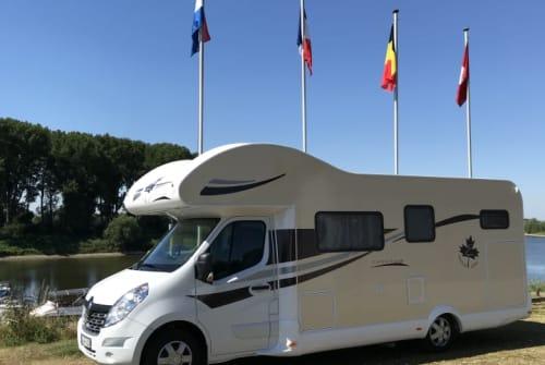 Wohnmobil mieten in Duisburg von privat | Ahorn Happy Venedig