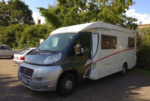 Wohnmobil mieten in Baiersbronn von privat | Dethleffs Hausboot