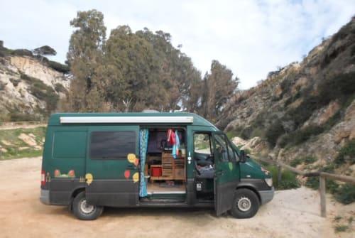 Wohnmobil mieten in Freiburg im Breisgau von privat | Mercedes Toni