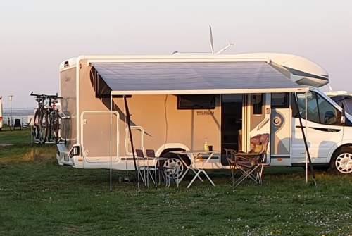 Wohnmobil mieten in Essen von privat | Chausson Bruno Family