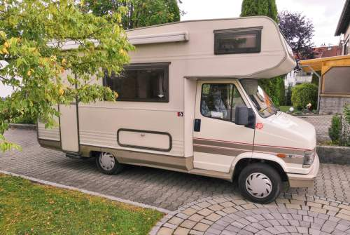 Wohnmobil mieten in Augsburg von privat | Fiat CrocodileDundee