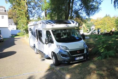 Wohnmobil mieten in Aachen von privat | Roller Team Roller Team Granduca 295 TL