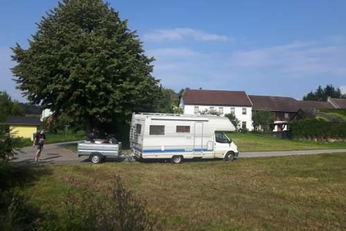 Wohnmobil mieten in Golling an der Erlauf von privat | Ford Skullmobile