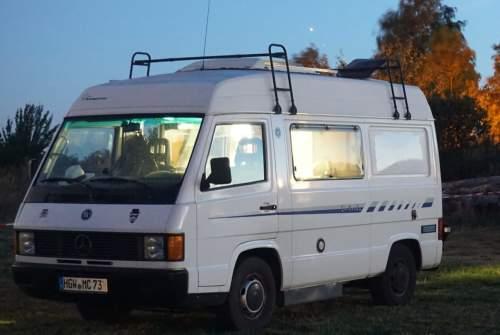 Wohnmobil mieten in Greifswald von privat | Mercedes Benz  Apollo