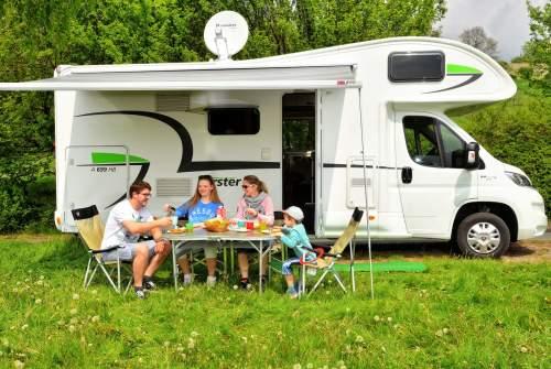 Wohnmobil mieten in Bielefeld von privat   Forster Forster A699HB