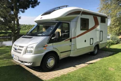 Wohnmobil mieten in Köln von privat | Bürstner Martas & Dominiks Camper