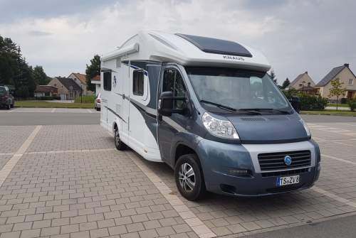 Wohnmobil mieten in Übersee von privat | Knaus Sky Wave mit WLan, Kaffeemaschine, Toaster, Sat. TV