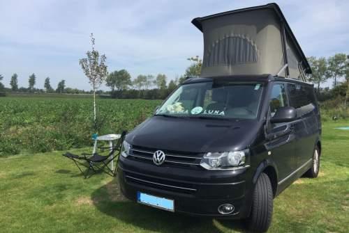 Wohnmobil mieten in Dortmund von privat | Volkswagen  Black Beauty