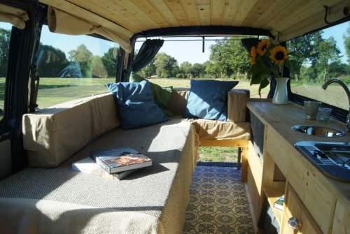 wohnmobil mieten bremen gro e auswahl bei paulcamper. Black Bedroom Furniture Sets. Home Design Ideas