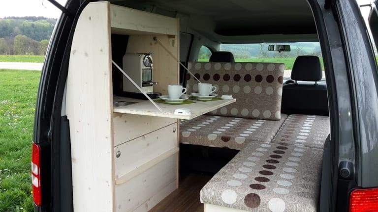 wohnmobil benjamin in wiesbaden mieten. Black Bedroom Furniture Sets. Home Design Ideas