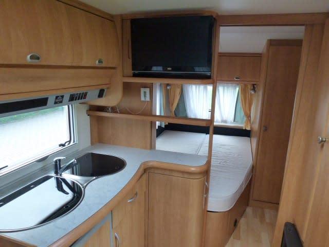 wohnwagen sonnenrain in klipphausen. Black Bedroom Furniture Sets. Home Design Ideas