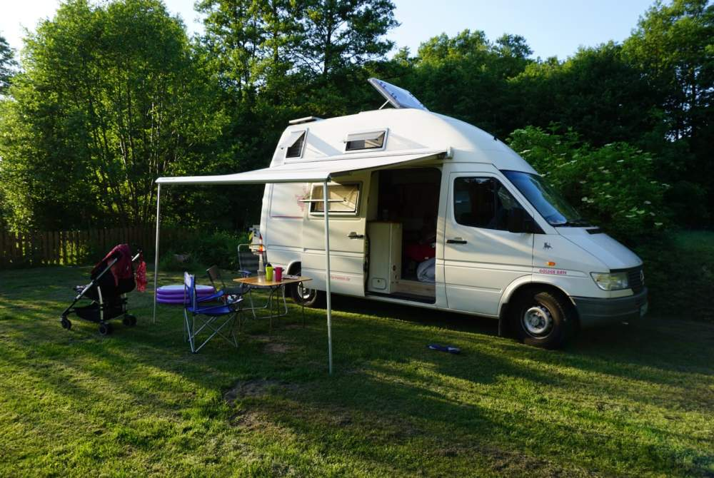 wohnmobil hummelburg in buchholz in der nordheide mieten. Black Bedroom Furniture Sets. Home Design Ideas