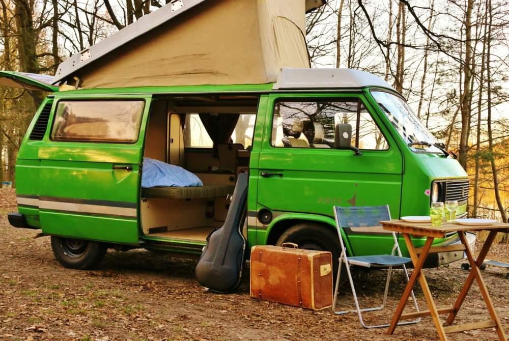wohnmobil paul in berlin mieten. Black Bedroom Furniture Sets. Home Design Ideas