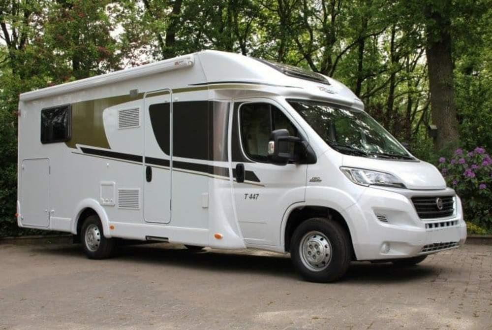 Wohnmobil mieten in Remscheid von privat   Carado Cara 447