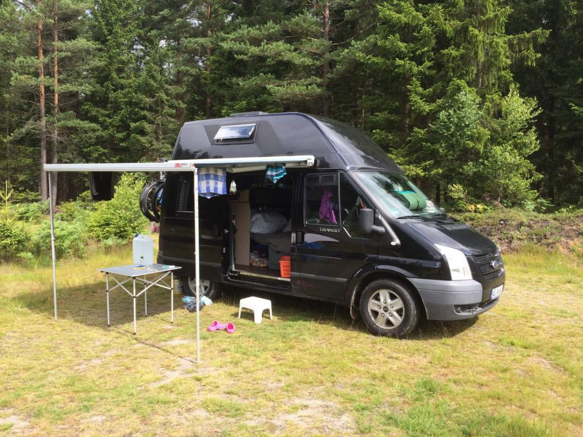 wohmobil ford transit nugget in weimar mieten. Black Bedroom Furniture Sets. Home Design Ideas