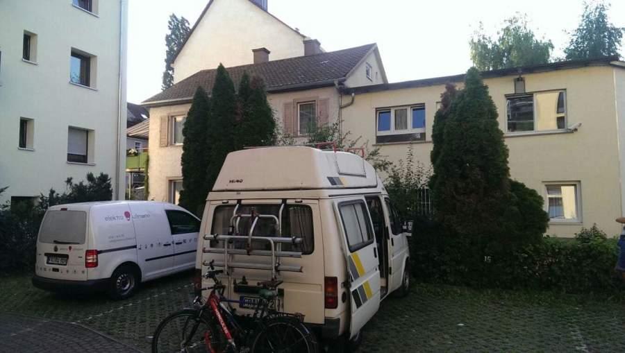 campingbus le bussa in freiburg im breisgau mieten. Black Bedroom Furniture Sets. Home Design Ideas