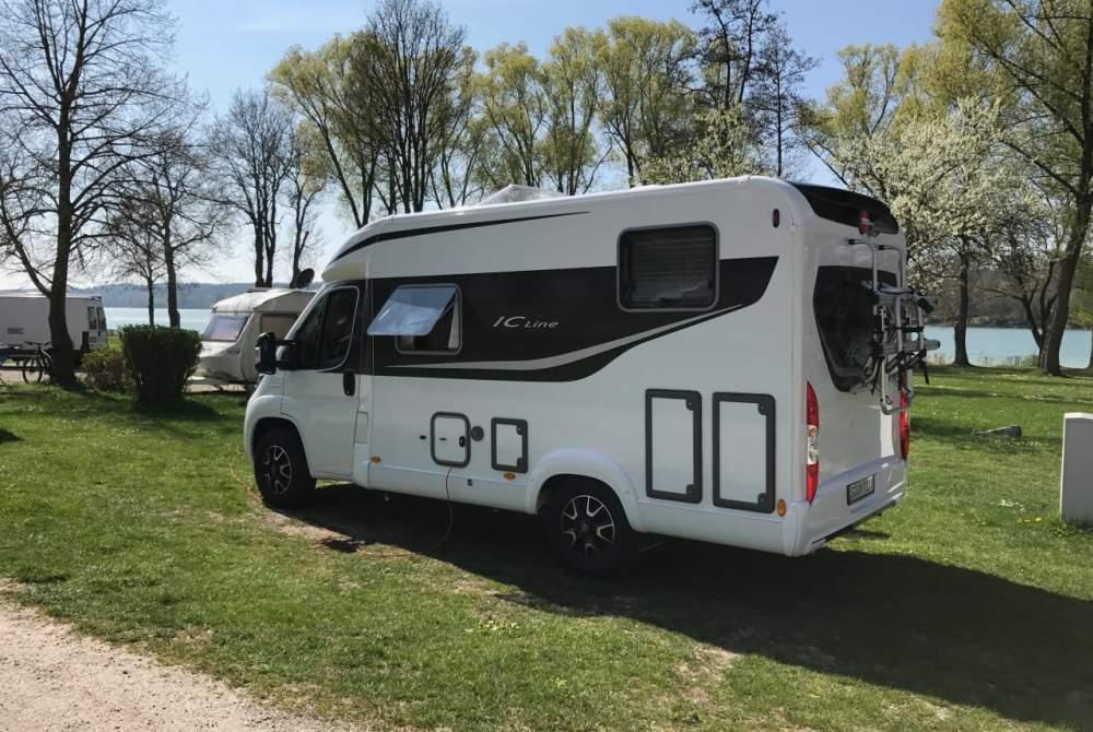 Wohnmobil mieten in Stuttgart von privat | Büstner Bürstner Travel Van 590