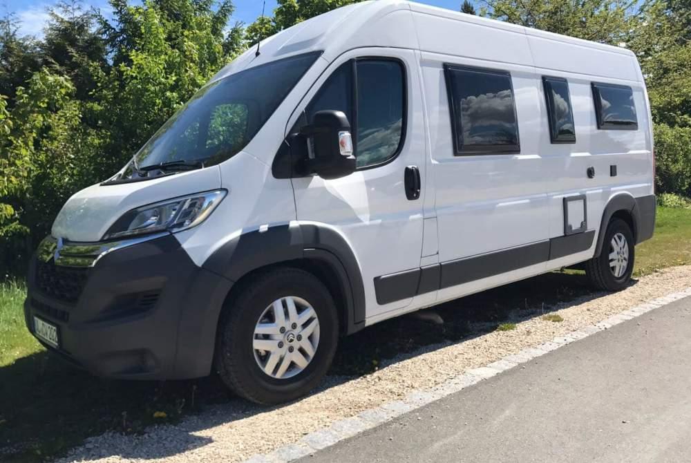Wohnmobil mieten in Illerkirchberg von privat   Pössl  Weißer Pössl