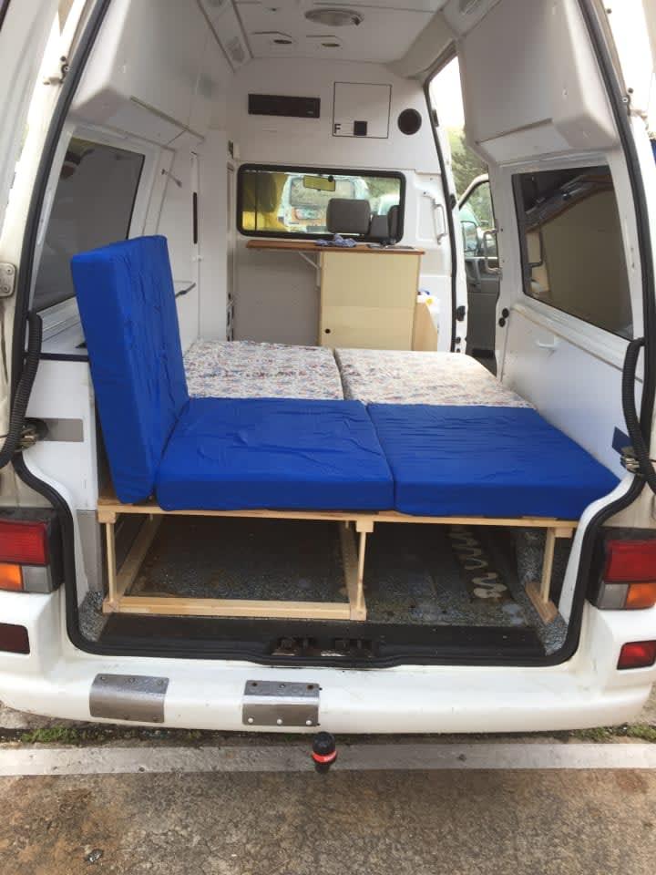 wohnmobil thekla in hamburg mieten. Black Bedroom Furniture Sets. Home Design Ideas