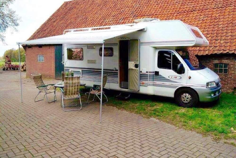 Wohnmobil mieten in Haaksbergen von privat | Fiat Lmc Fiat Lmc Liberty     Compleet met alles behalve uw pers. dingen