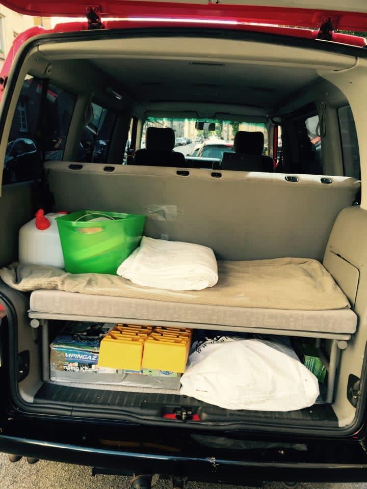 campingbus dirty harry in stuttgart mieten. Black Bedroom Furniture Sets. Home Design Ideas