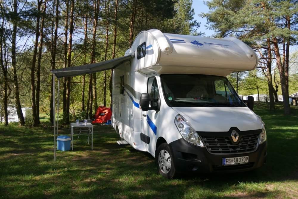 Wohnmobil mieten in Altenstadt von privat | Renault Schnuffine