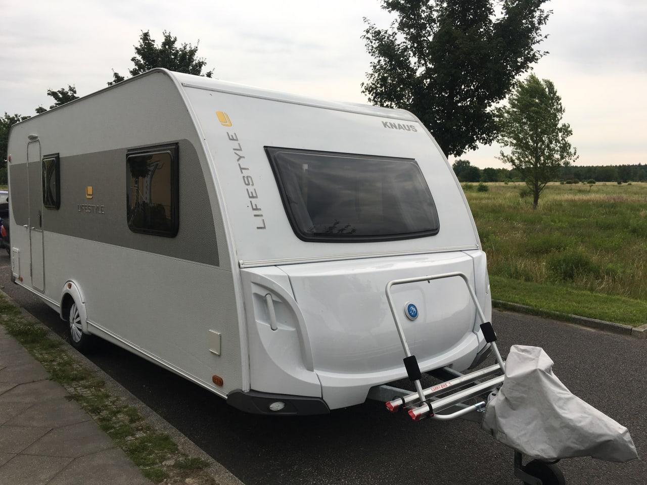 Leiter Etagenbett Wohnwagen : Hobby de luxe edition kmf modell wohnwagen mobile