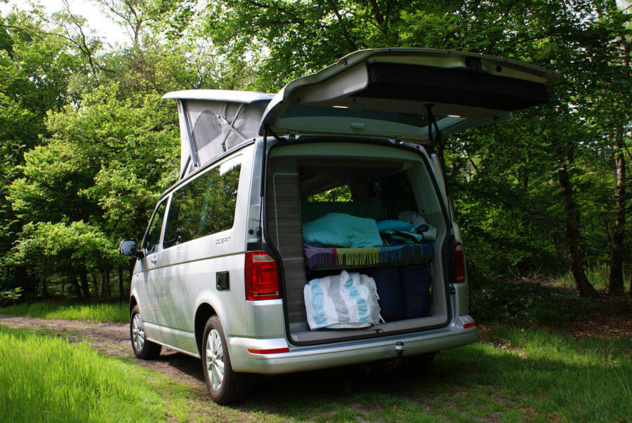 wohnmobil volkswagen california t6 in sint oedenrode mieten. Black Bedroom Furniture Sets. Home Design Ideas